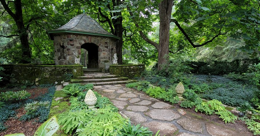 Bill Noble Teahouse & Summerhouse Beds July 21, 2021 (3) 1200